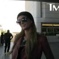 """Paris Hilton en pleine crise de mégalomanie : """"Je fais partie du Top 5 des DJ dans le monde"""""""