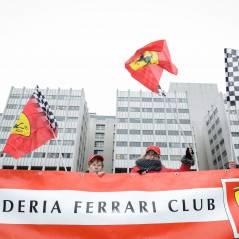 Michael Schumacher : l'hommage de Ferrari devant son hôpital pour ses 45 ans