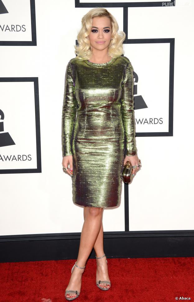 Rita Ora : tapis rouge glamour aux Grammy Awards 2014, le 26 janvier 2014 à Los Angeles