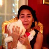 [CUTE] Magique : pour Noël, elle retrouve son ancien ours en peluche réparé par son copain