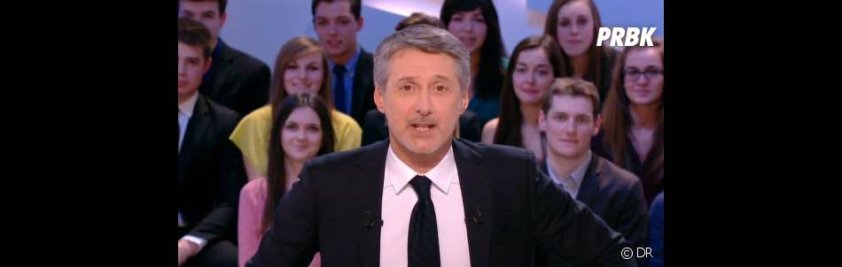 Antoine de Caunes s'en est pris au lanceur de chats marseillais dans Le Grand Journal, le 3 janvier 2013