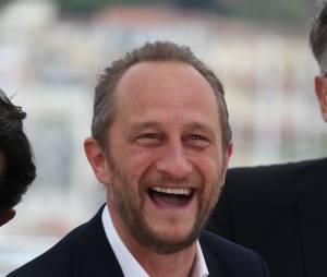 Benoît Poelvoordese moque de la Manif pour tous dans une interview avec Le Parisien