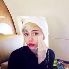 """Miley Cyrus se """"masturbe"""" sur Twitter avec un sextoy ultra flippant"""