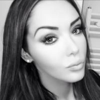 Nabilla Benattia : selfie sur Instagram... pour tacler Ayem Nour ?
