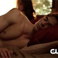 The Vampire Diaries saison 5, épisode 17 : Damon dénudé et sorcière enragée