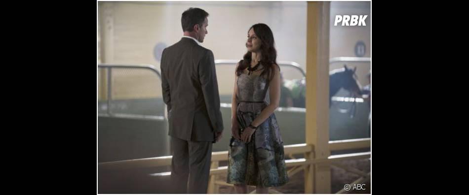 Revenge saison 3, épisode 19 : Victoria et Luke en pleine discussion