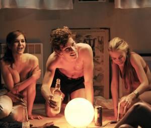 La Crème de la crème, un film de Kim Chapiron avec Alice Isaaz, Jean-Baptiste Lafarge et Thomas Blumenthal, en salles le 2 avril 2014