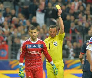 Lyon : Anthony Lopes averti en finale de la Coupe de la Ligue, le 19 avril 2014 au Stade de France
