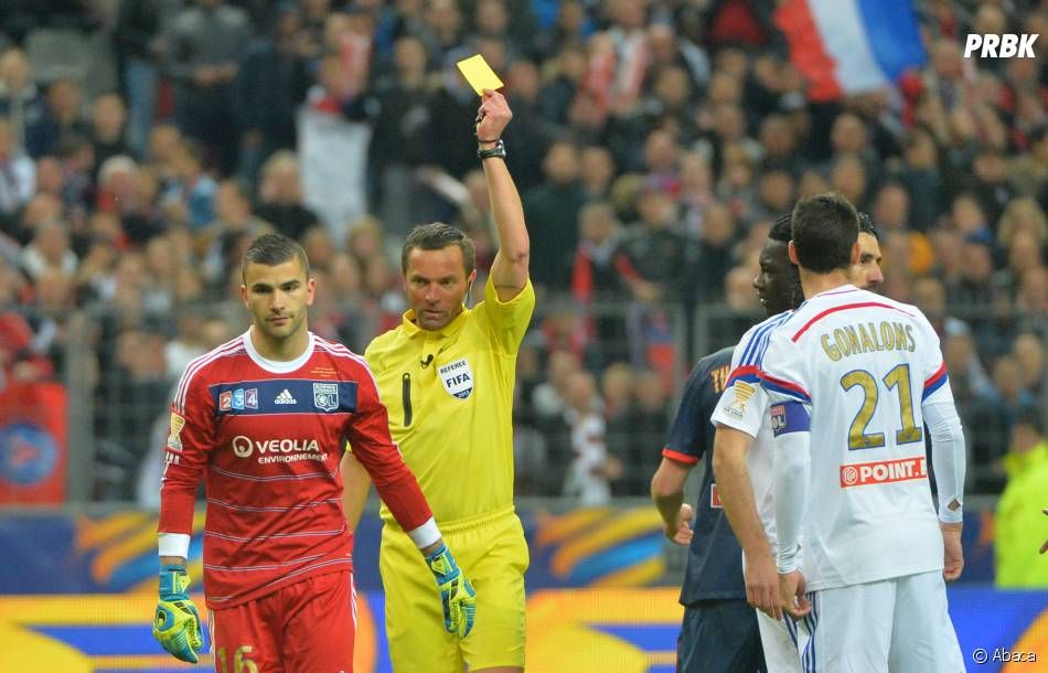 Lyon : Anthony Lopes averti en finale de la Coupe de la Ligue, le 19 avril 2014 au Stade de France