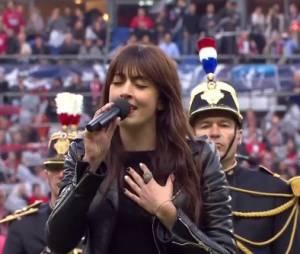 Nolwenn Leroy chante lors de la finale de la Coupe de France