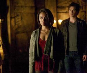 Vampire Diaries saison 5, épisode 22 : Bonnie et Damon sur une photo du final