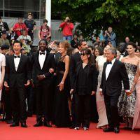Ary Abittan et le cast de Qu'est-ce qu'on a fait au bon dieu enflamment Cannes