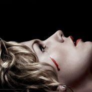 True Blood saison 7 : larmes de sang pour Anna Paquin sur le poster