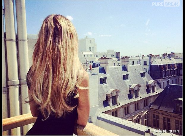 Nabilla Benattia : un nouveau cliché d'elle chez le coiffeur sur Instagram