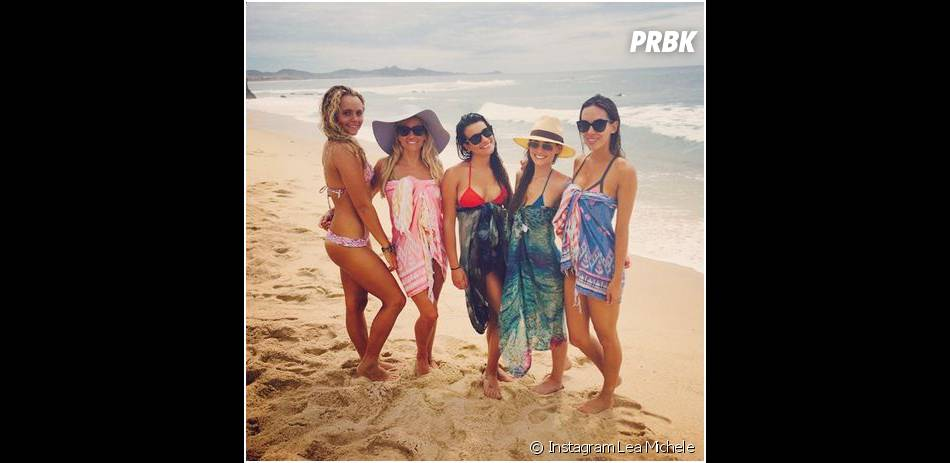 Lea Michele prend la pose au Mexique, le 24 juin 2014 sur Instagram