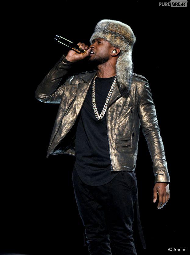 Usher et son chapeau de fourrure à la cérémonie des BET Awards 2014 à Los Angeles, le 29 juin 2014