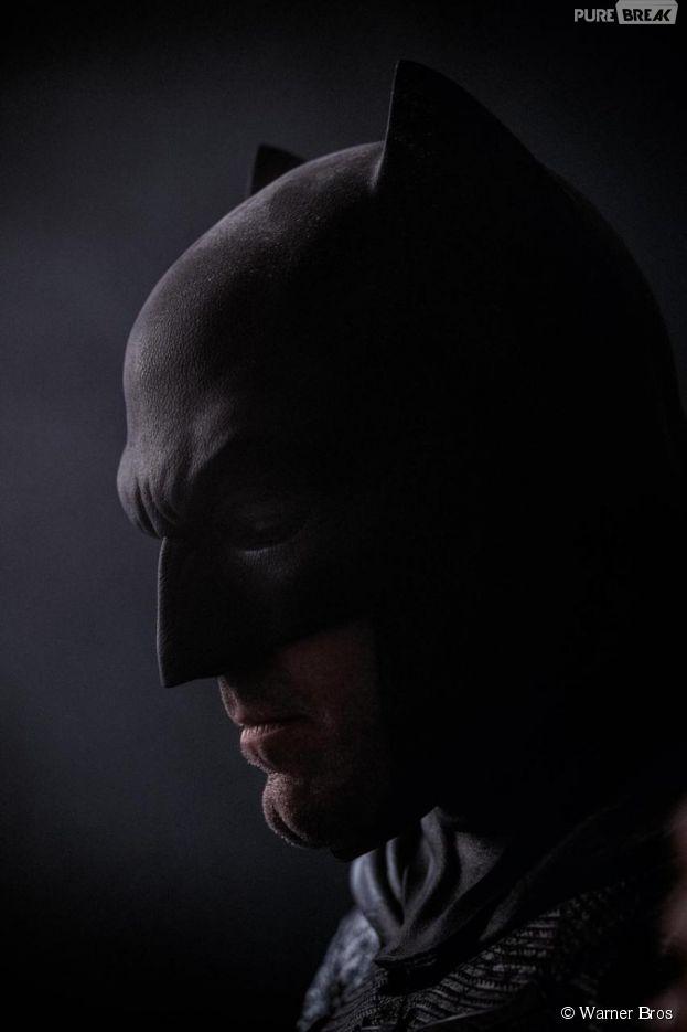 Batman v Superman : Ben Affleck sombre et imposant sur une nouvelle photo du film