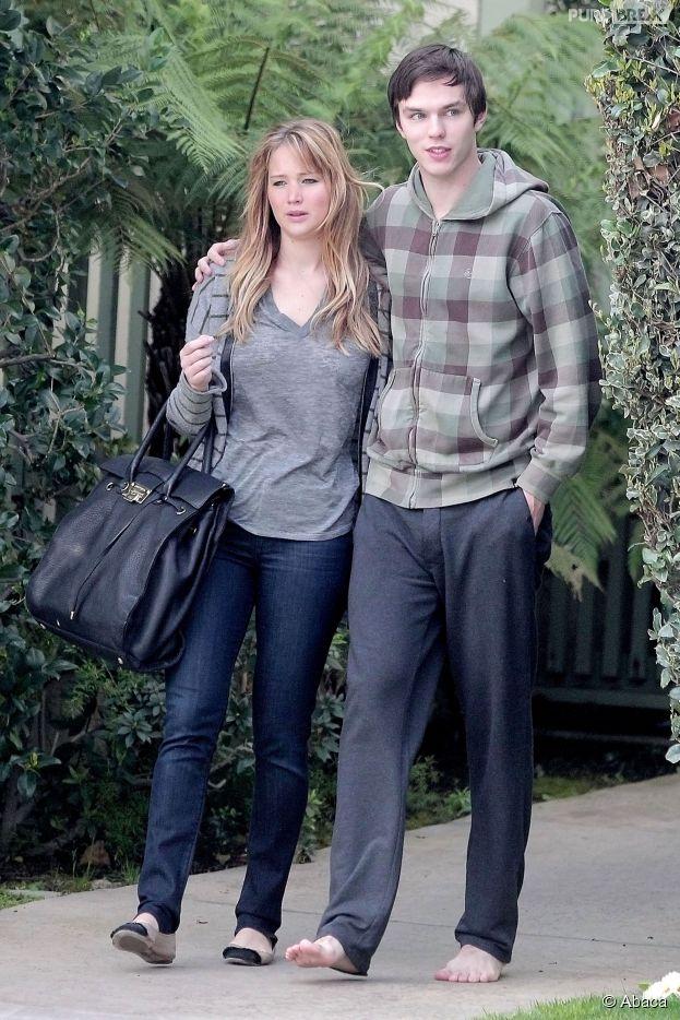 Jennifer Lawrence : son ex Nicholas Hoult remplacé par Chris Martin