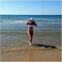Capucine Anav : break sexy en bikini avant le retour du Mag