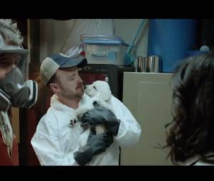 Emmy Awards 2014 : Bryan Cranston et Aaron Paul parodient Breaking Bad