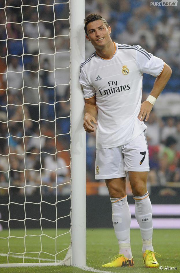 Cristiano Ronaldo : CR7 dévoile des détails sur la mère de son enfant