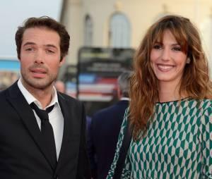 Doria Tillier et Nicolas Bedos main dans la main à Deauville en septembre 2014