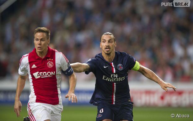 Zlatan Ibrahimovic en pleine action pendant PSG VS Ajax, le 17 septembre 2014 dans la cadre de la Ligue des Champions
