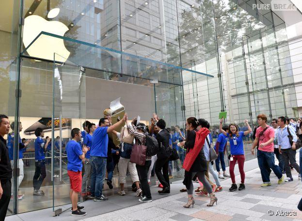 iPhone 6 : le nouveau smartphone d'Apple est en vente depuis le 19 septembre 2014