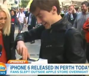 iPhone 6 : un Austalien laisse tomber le nouveau smartphone d'Apple à la sortie de la boutique