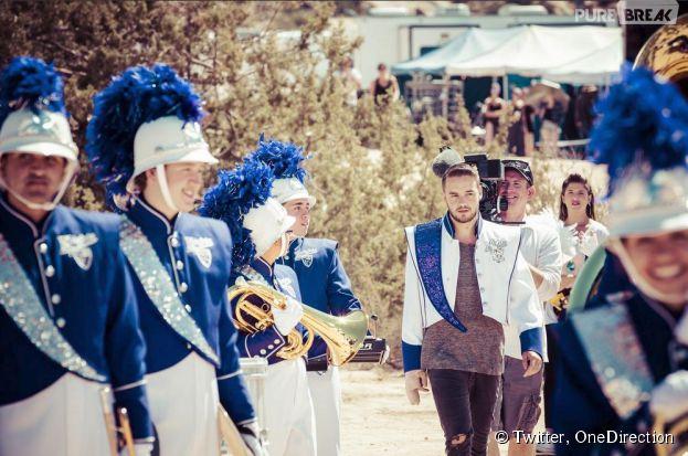 One Direction : Liam Payne au coeur d'une fanfare dans le clip Steal My Girl
