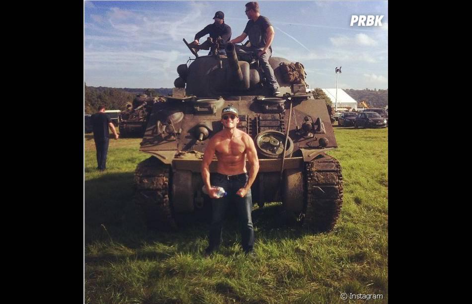 Scott Eastwood sur le tournage du film Fury au côté de Brad Pitt
