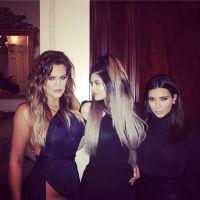 Khloe Kardashian + exhib que Kim : seins et ficelle de string apparents