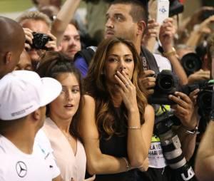 Nicole Scherzinger émue du titre de Champion de F1 de Lewis Hamilton, le 23 novembre 2014 à Abou Dhabi