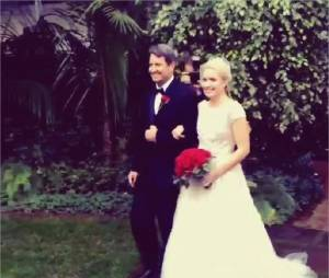 Leah Pipes et son papa lors de son mariage le 6 décembre 2014