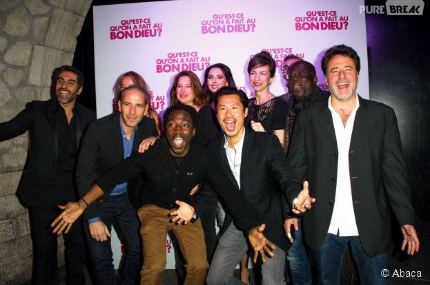 Le cast de Qu'est-ce qu'on a fait au Bon Dieu fête le succès du film, le 8 décembre 2014 à Paris