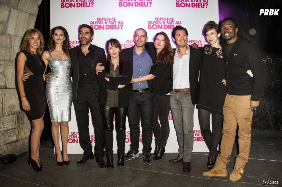 Le casting de Qu'est-ce qu'on a fait au Bon Dieu fêtent le succès du film, le 8 décembre 2014 à Paris