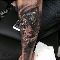 Neymar : un nouveau tatouage XL et animal