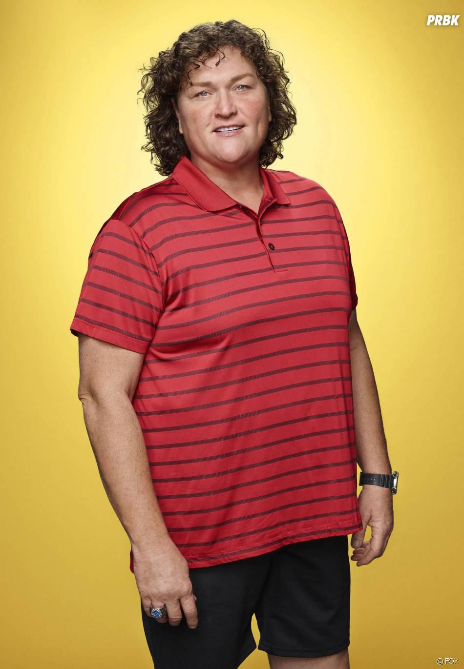 Glee saison 6 : Dot Marie Jones (Beiste) sur une photo promo