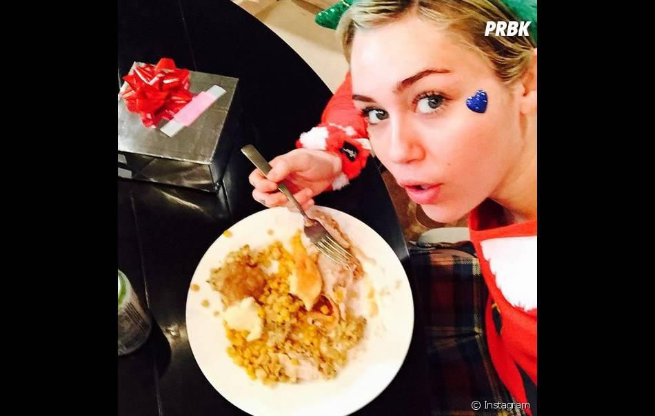 Miley Cyrus et son repas de Noël sur Instagram, le 25 décembre 2014