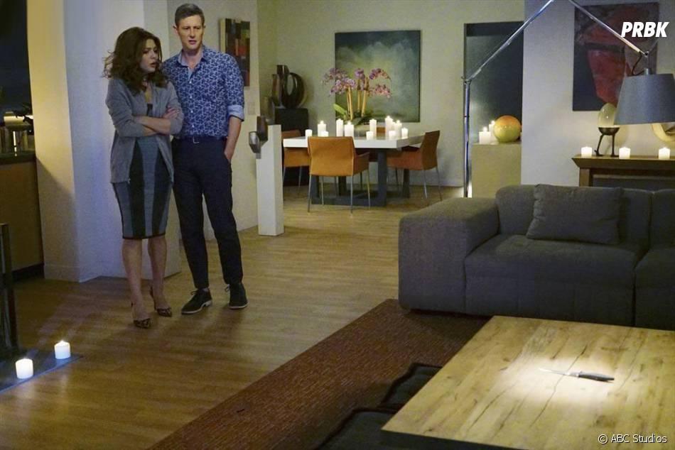 Revenge saison 4, épisode 14 : Elena Satine et Gabriel Mann sur une photo