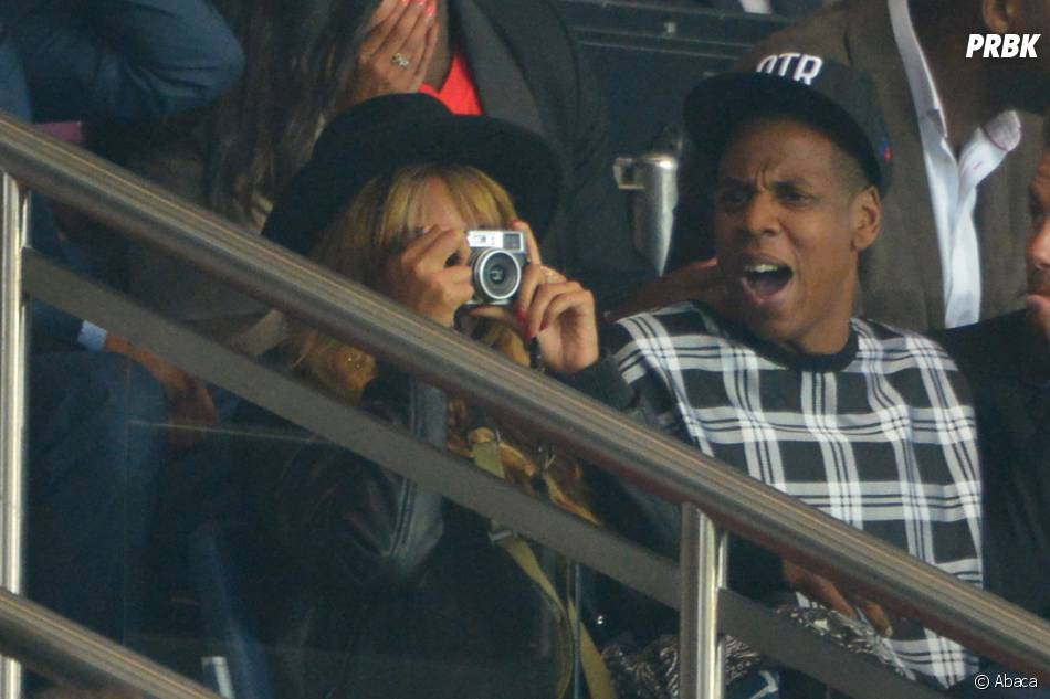 Beyoncé en mode fan du PSG au Parc des Princes, le 30 septembre 2014