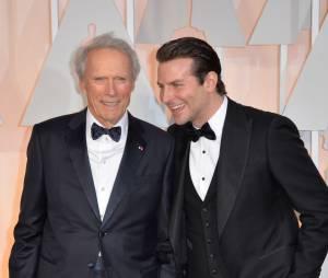 Bradley Cooper et Clint Eastwood sur le tapis rouge des Oscars, le 22 février 2015 à Los Angeles
