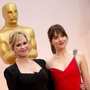 Fifty Shades of Grey : Dakota Johnson engueule sa mère qui refuse de voir le film aux Oscars 2015