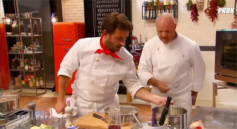 Julien Machet et Philippe Etchebest en cuisine dans le numéro de Top Chef 2015 diffusé le 23 février