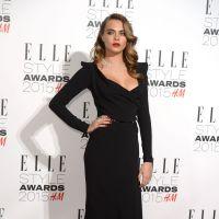 Taylor Swift décolletée : son look sexy aux ELLE Style Awards 2015