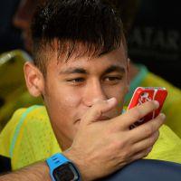 L'iPhone en OR de Neymar. Grande classe !