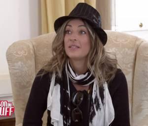 Eve Angeli se fait piéger par les candidats dans La Maison du Bluff 5