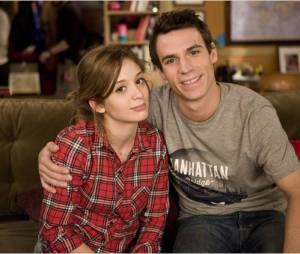 En Famille saison 4 : le cousin de la famille va-t-il enfin bouger du canapé ?