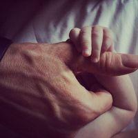Blake Lively et Ryan Reynolds : première photo cute mais timide de leur fille dévoilée sur Instagram