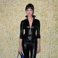 Frédérique Bel en mode Catwoman dans une tenue en cuir à Cannes